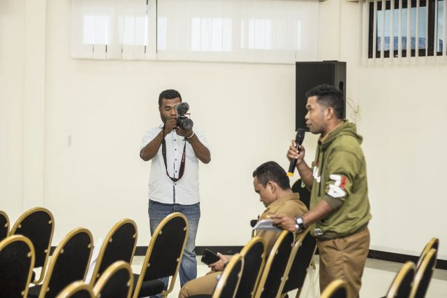 forum bertanya oleh salah satu staf Balitbangda Provinsi Papua Barat pada ELCS 2019