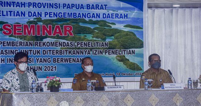 Balitbangda Papua Barat Gelar Seminar Fasilitasi Pemberian Rekomendasi   Penelitian Bagi Warga Negara Asing